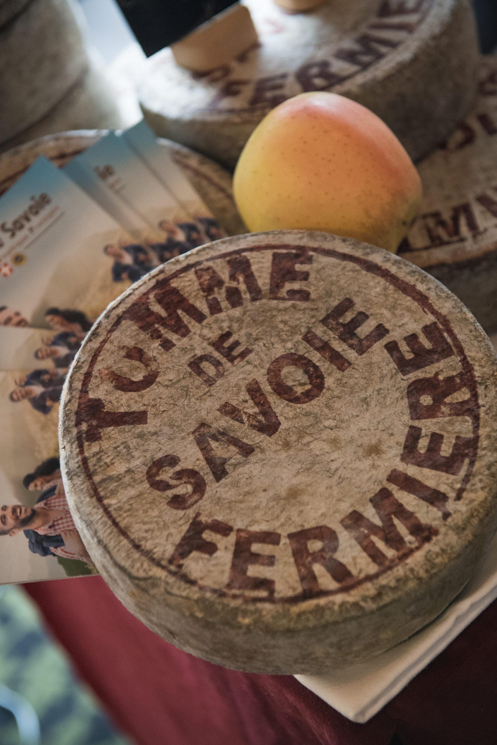 Tomme Fermière de Savoie - Gaec Les Noisetiers - Marché des Trésoms - Annecy Haute-Savoie